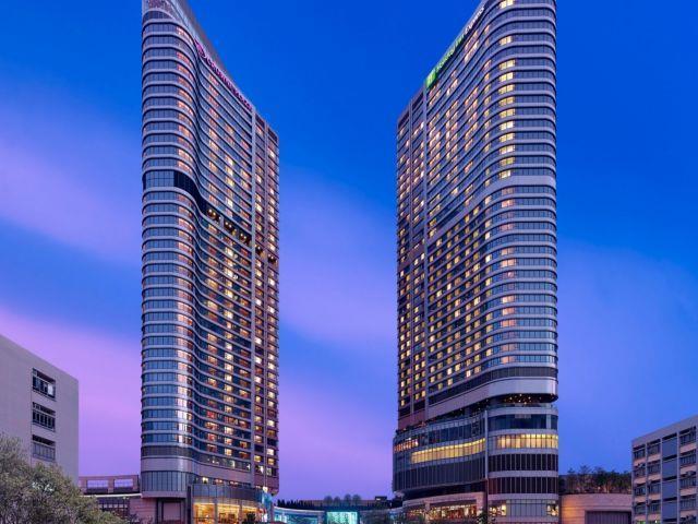 香港九龙东皇冠假日酒店